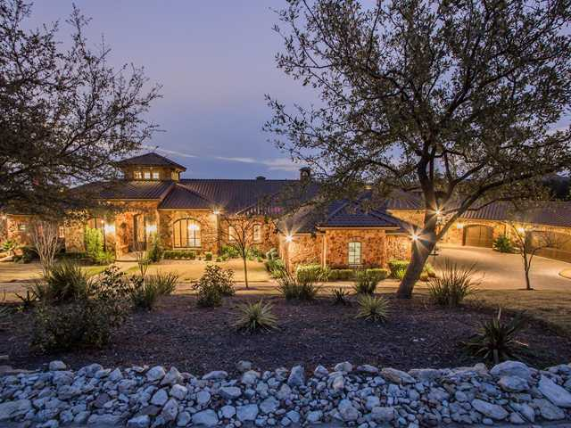 Additional photo for property listing at 213 Marly Way  Austin, Texas 78733 Estados Unidos