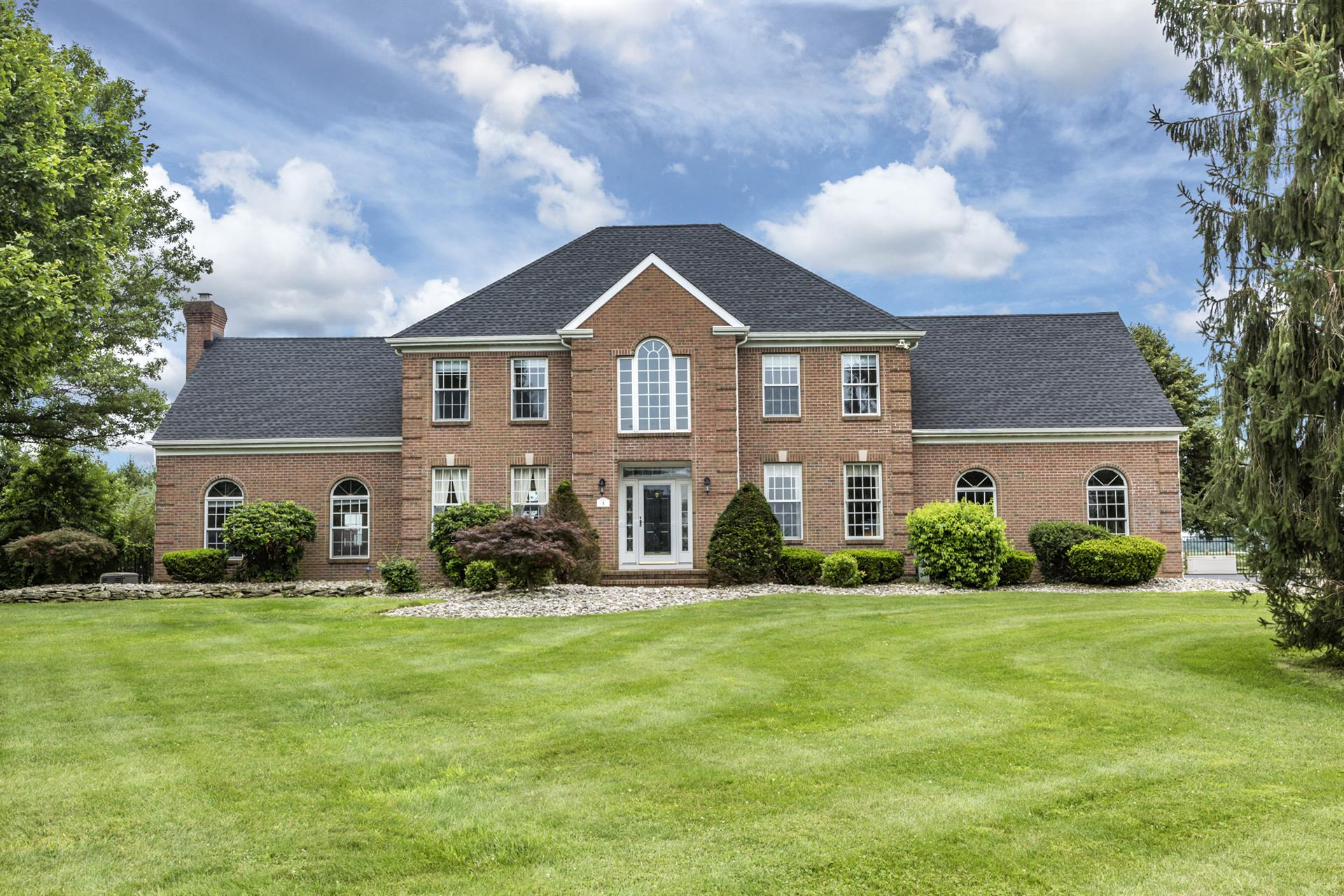 Additional photo for property listing at 4 Harbourton Woodsville Road  Pennington, New Jersey États-Unis