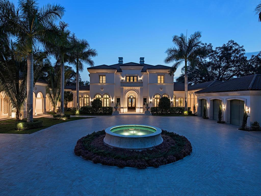 Estate for Sale at Waterfront Fort Myers Estate Fort Myers, Florida 33901 United States
