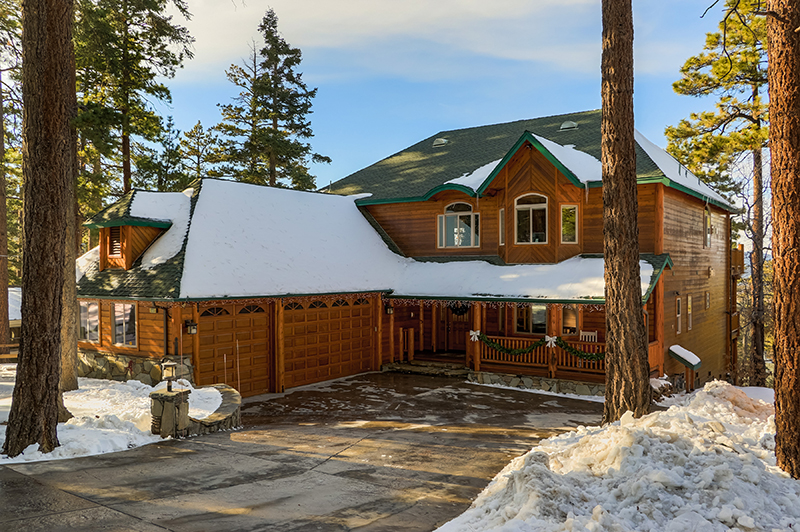 Single Family Home for Sale at 1251 Balsam Drive Big Bear, California,92315 United States