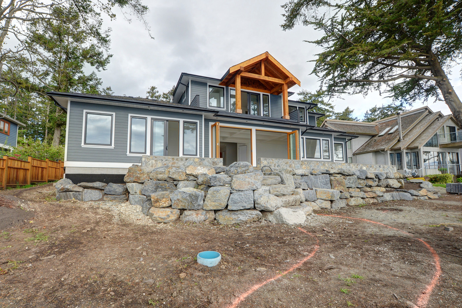 Additional photo for property listing at 2549 Beaufort Rd Sidney, British Columbia,Canada