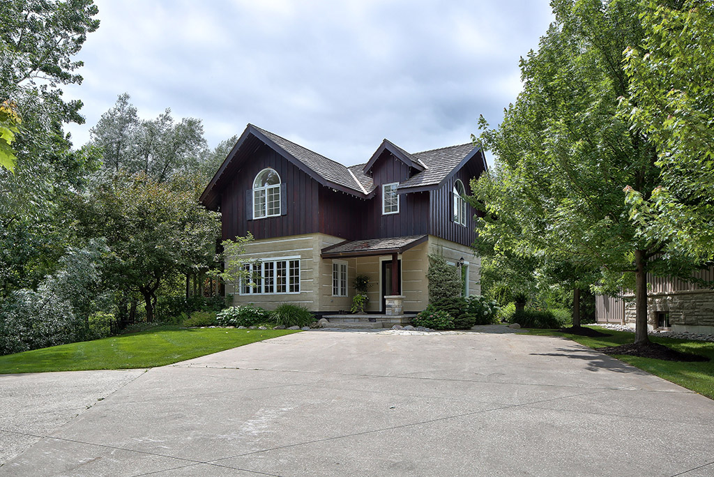 Maison unifamiliale pour l Vente à 118 Heritage Drive, The Blue Mountains 118 Heritage Drive, The Blue Mountains The Blue Mountains, Ontario,L9Y 0M6 Canada