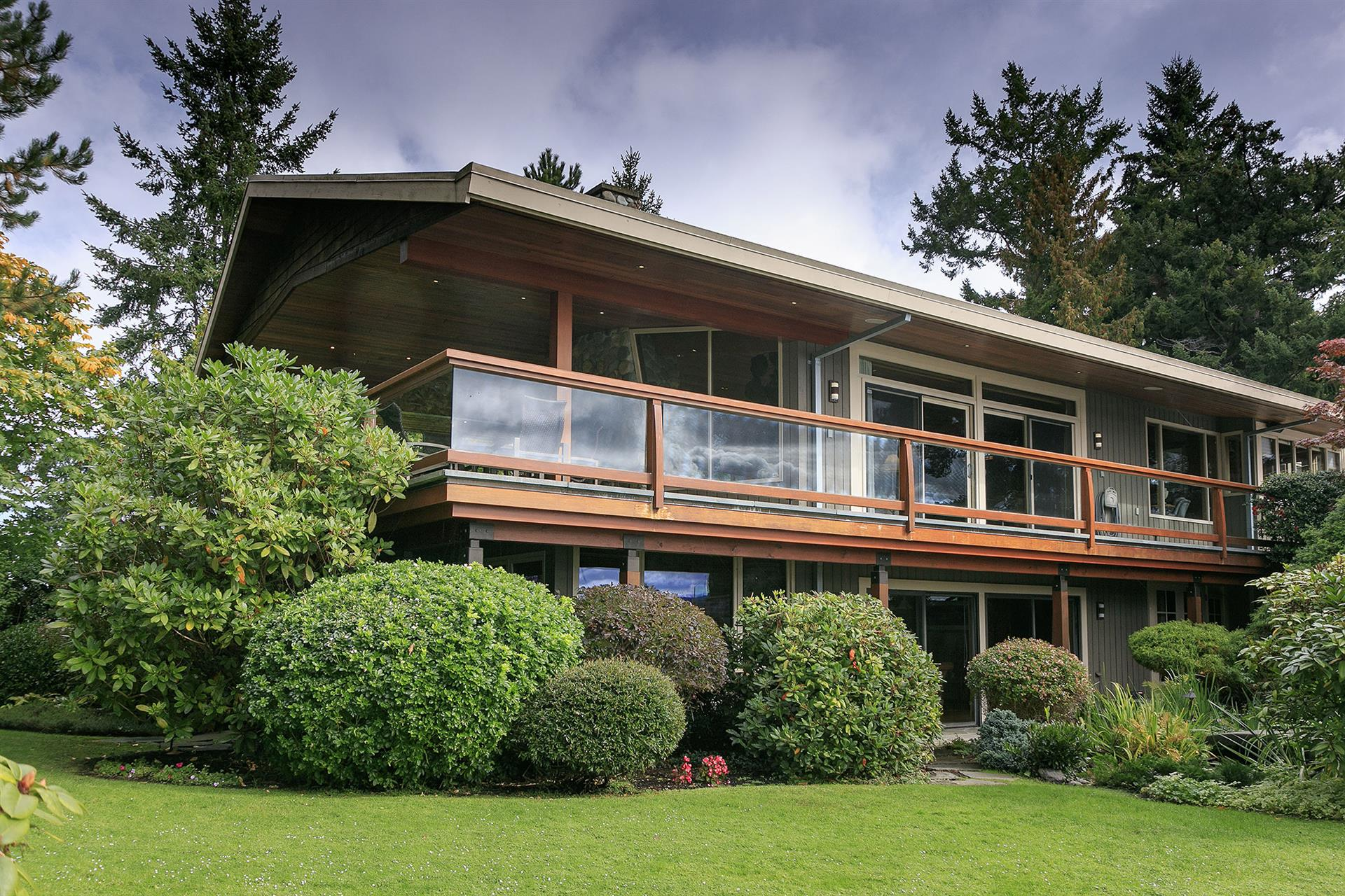 Additional photo for property listing at 279 Coal Point Ln North Saanich, Colombie-Britannique,Canada