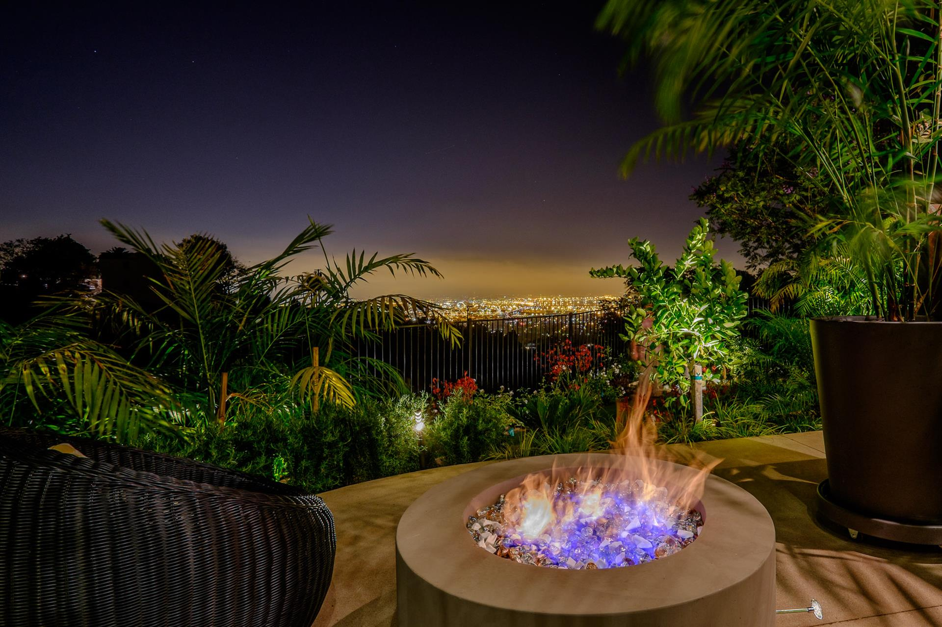Additional photo for property listing at Stunning Palos Verdes Home  Rancho Palos Verdes, Καλιφορνια,90275 Ηνωμενεσ Πολιτειεσ
