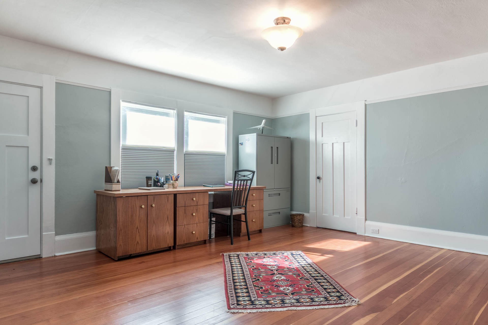 Additional photo for property listing at 1952 Runnymede Ave Victoria, British Columbia,Canadá