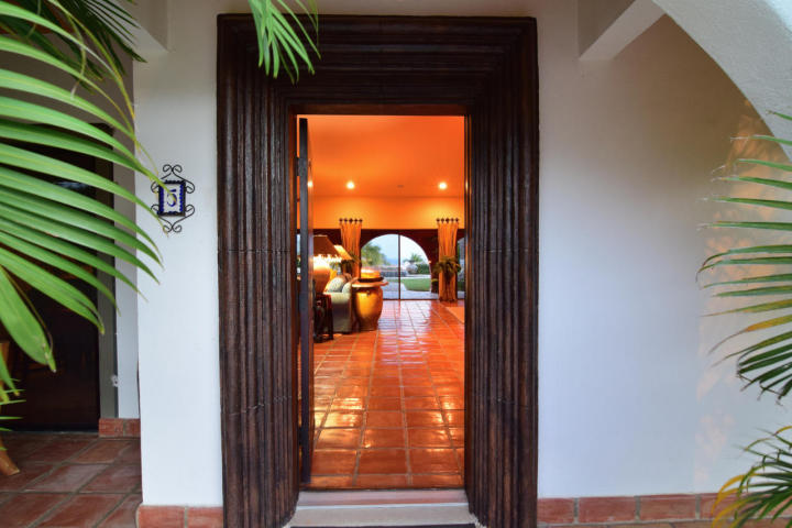 Additional photo for property listing at Casa Bishop  San Jose Del Cabo, Baja California Sur,23406 México