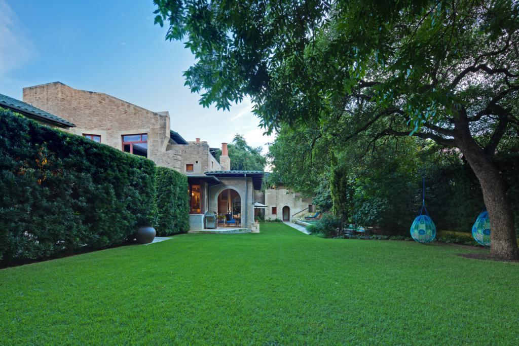 Additional photo for property listing at 1 Niles Road  Austin, Texas,78703 Vereinigte Staaten