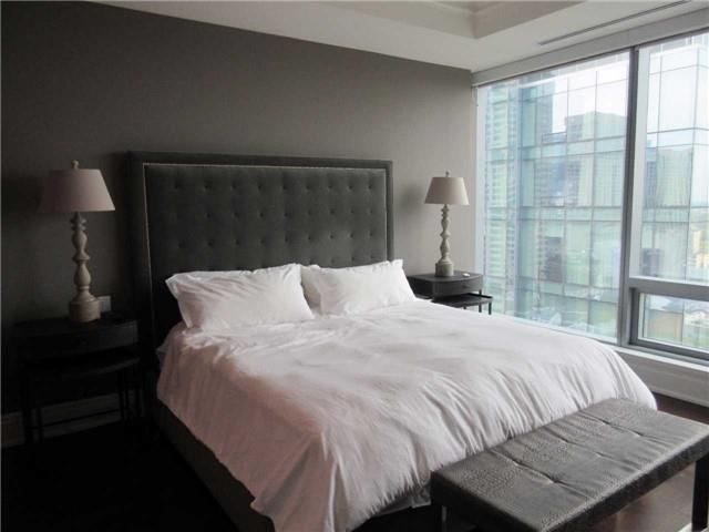 Additional photo for property listing at 55 Scollard St 2101 Toronto, Ontario,Canadá