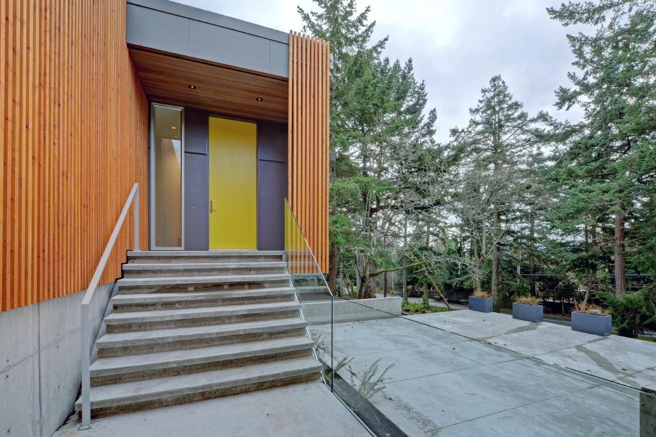 Additional photo for property listing at 2906 Tudor Ave Victoria, British Columbia,Canada