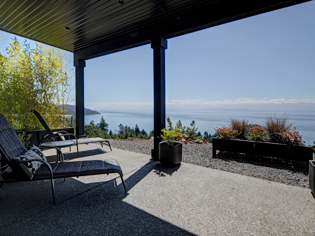 Additional photo for property listing at 7450 Thornton Heights Sooke, Британская Колумбия,Канада