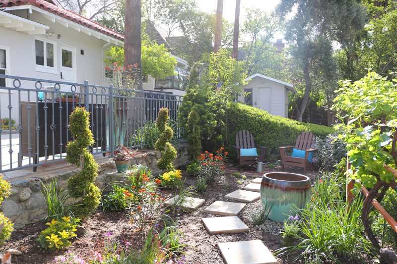 Additional photo for property listing at 700 BERKSHIRE Avenue  La Canada Flintridge, California,91011 United States
