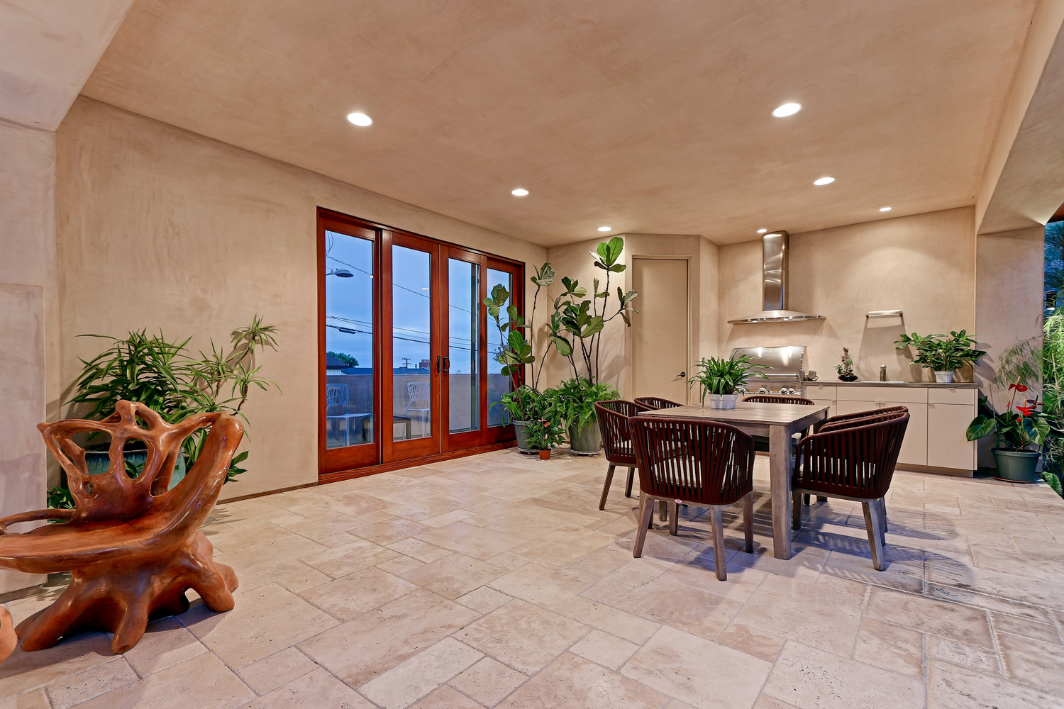 Additional photo for property listing at Hill Section Zen 1025 Duncan Pl., Manhattan Beach, CA 90266 曼哈顿海滩, 加利福尼亚州,90266 美国