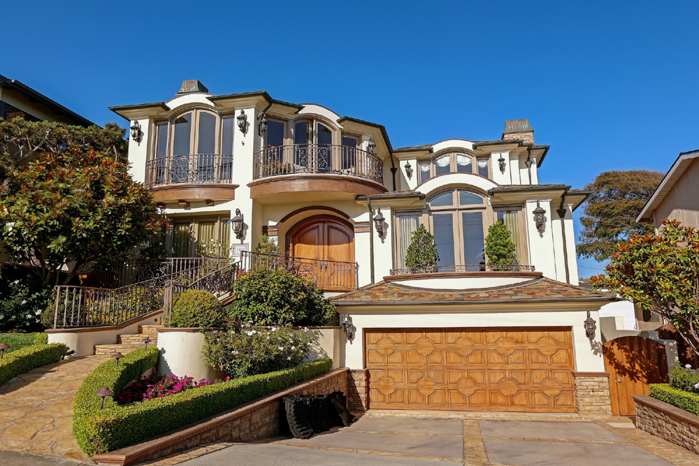 Casa Unifamiliar por un Venta en Ocean View Estate in Manhattan Beach 108 S. Poinsettia Ave., Manhattan Beach, CA 90266 Manhattan Beach, California,90266 Estados Unidos