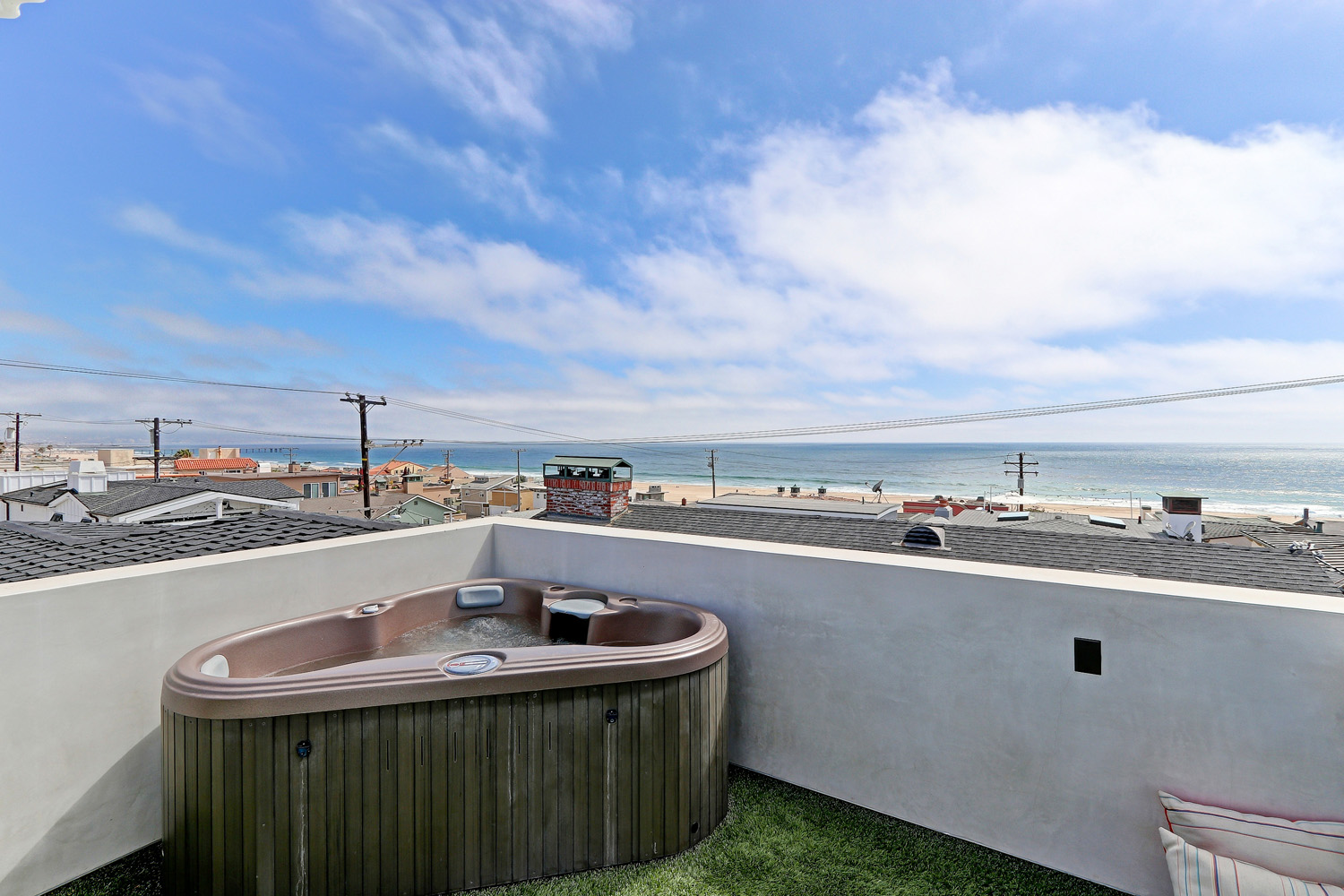 Additional photo for property listing at Modern in Hermosa 123 28th St, Hermosa Beach, CA 90254 Hermosa Beach, Californië,90254 Verenigde Staten