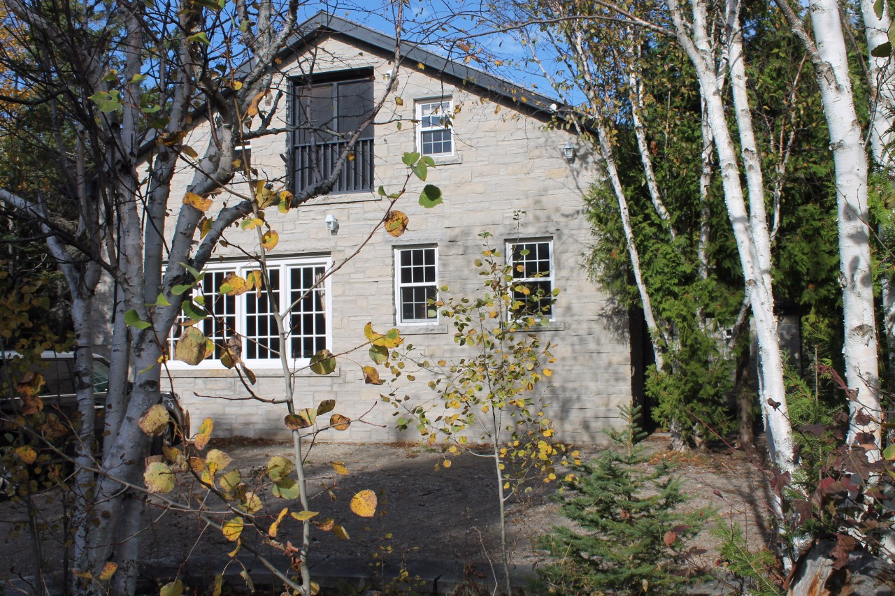 Additional photo for property listing at 6686 Highway 6, Northern Bruce Peninsula 6686 Highway 6, Northern Bruce Peninsula Northern Bruce Peninsula, Ontario,N0H 2R0 Kanada