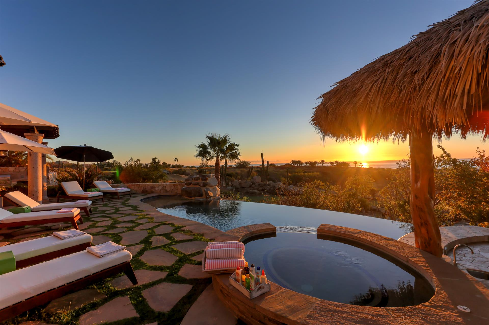 Additional photo for property listing at Casa Sirena  Cabo San Lucas, Baja California Sur,23450 Mexique