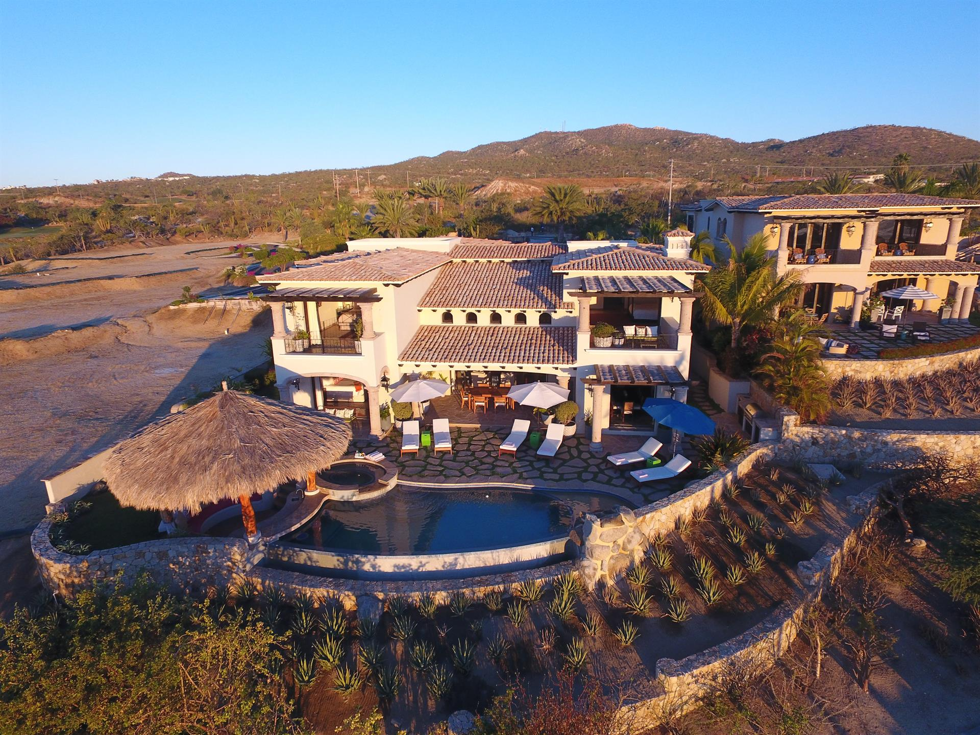 Additional photo for property listing at Casa Sirena  Cabo San Lucas, Baja California Sur,23450 México