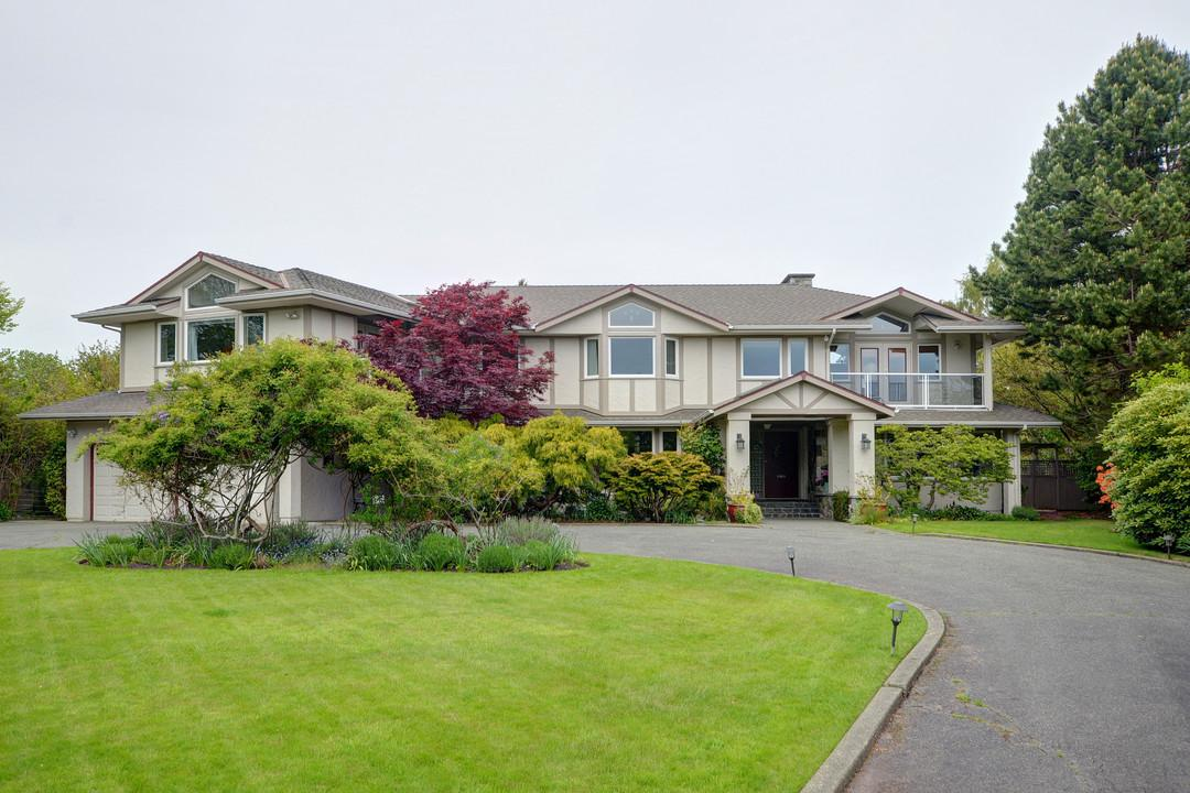 Other for Sale at 2820 Beach Dr British Columbia, Canada