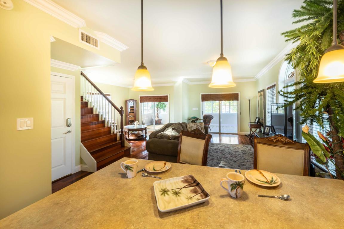 Additional photo for property listing at 720 Boyd Dr.  拉哥, 佛罗里达州,33037 美国