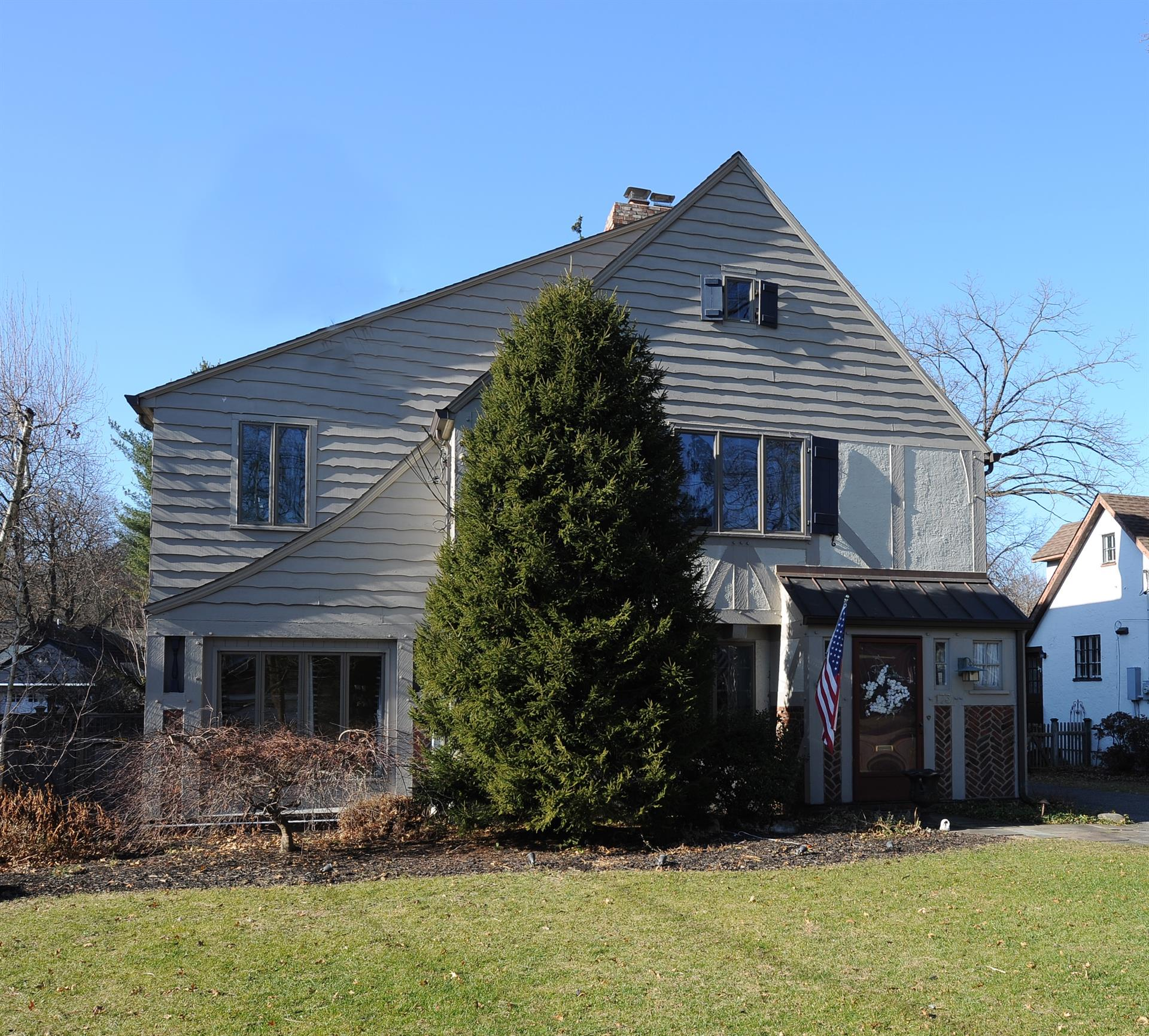 Single Family for Sale at 173 Sheridan Avenue Ho Ho Kus, New Jersey United States