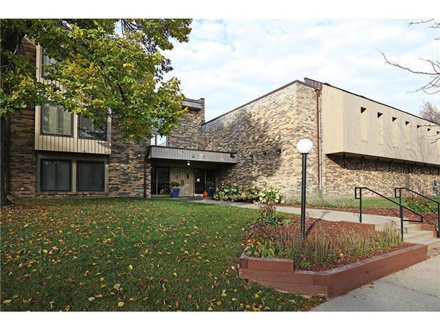 Vuoto Appartamenti per Affitto alle ore 450 Ford Road #321 St. Louis Park, Minnesota 55426 Stati Uniti