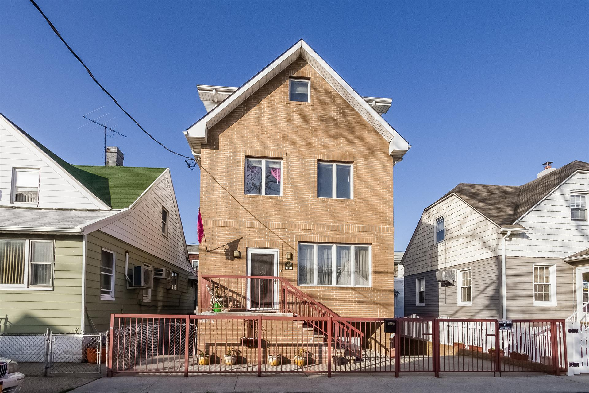 Single Family Home for Sale at 106 Ebony Ct. Brooklyn, New York 11229 United States