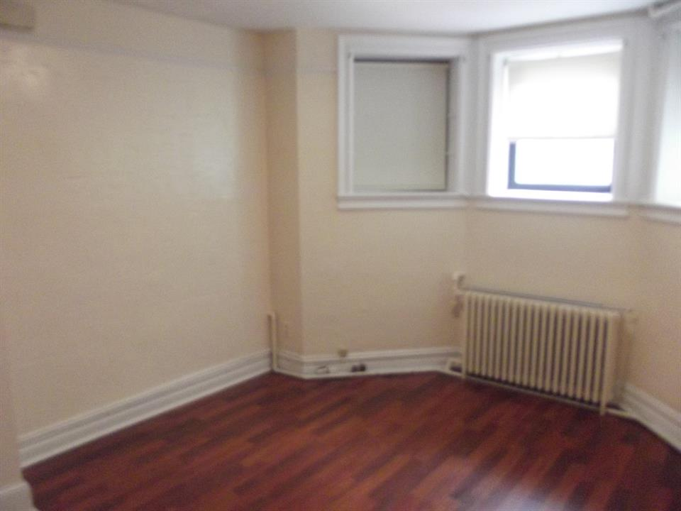 Additional photo for property listing at 74th Between 4th & 5th Ave.  Brooklyn, New York 11209 United States