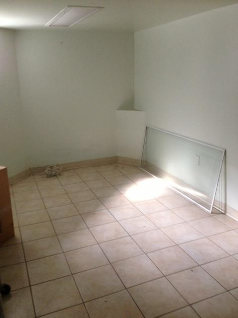 Additional photo for property listing at 8419 Ft. Hamilton Brooklyn Ny 11209  Brooklyn, New York 11209 United States