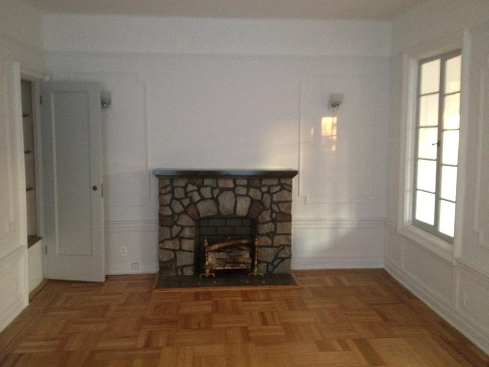 Additional photo for property listing at 96th Street & 3rd Avenue  Brooklyn, New York 11209 United States