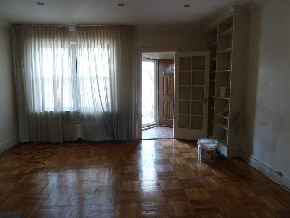 Additional photo for property listing at Bedford Ave  Brooklyn, New York 11229 United States