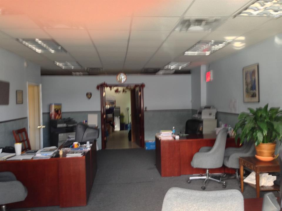 Commercial / Office for Rent at 7606 15th Ave Brooklyn, New York 11228 United States
