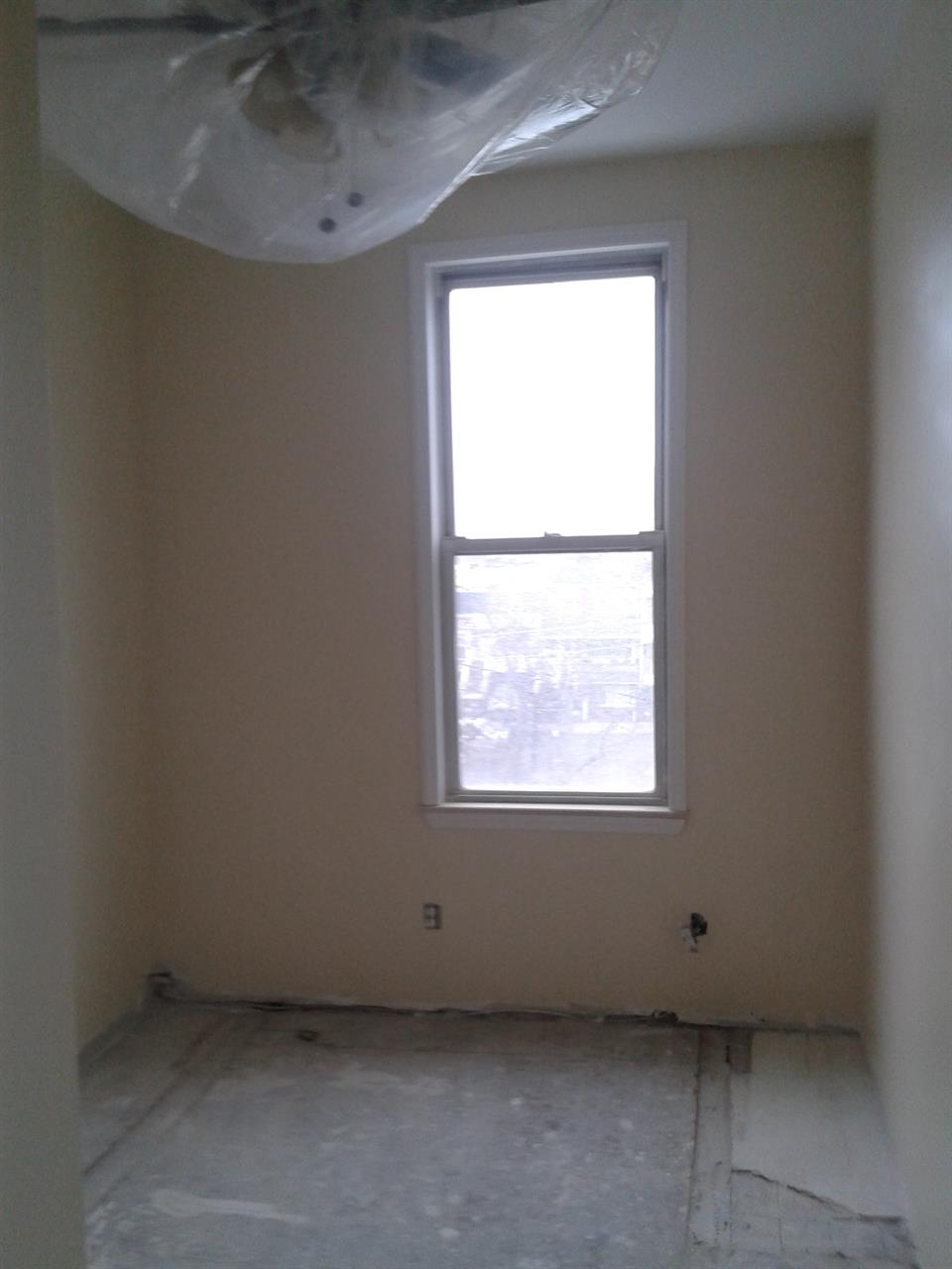 Additional photo for property listing at 12th Ave And 65th St  Brooklyn, New York 11219 United States