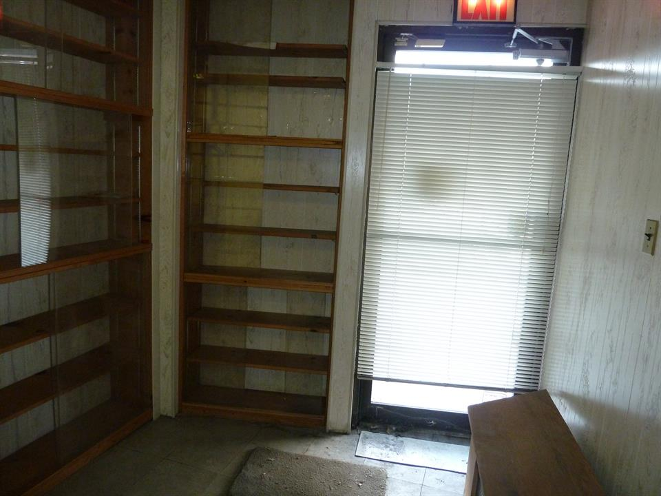 Additional photo for property listing at 6750 4th Ave  Brooklyn, New York 11220 United States