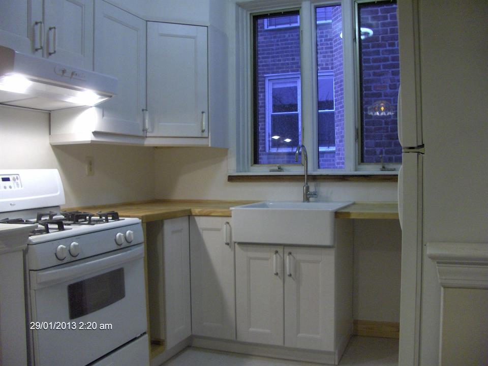 Additional photo for property listing at 96th St/Shore Road  Brooklyn, New York 11209 United States