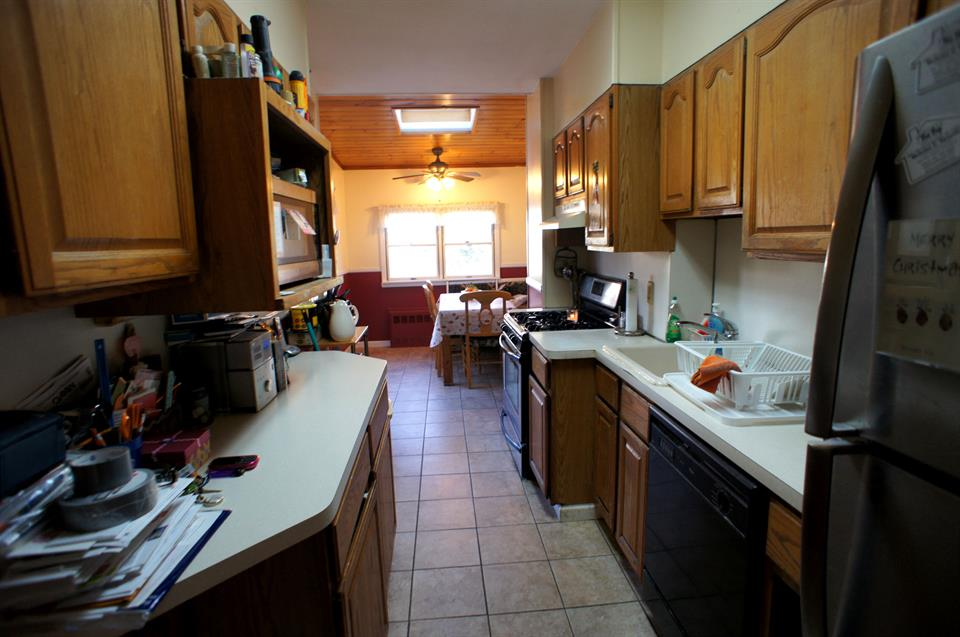 Additional photo for property listing at 571 76th Street  Brooklyn, New York 11209 United States