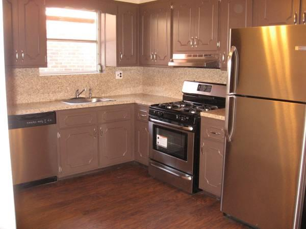 Apartment for Rent at 74th And Narrows Other Areas, USA