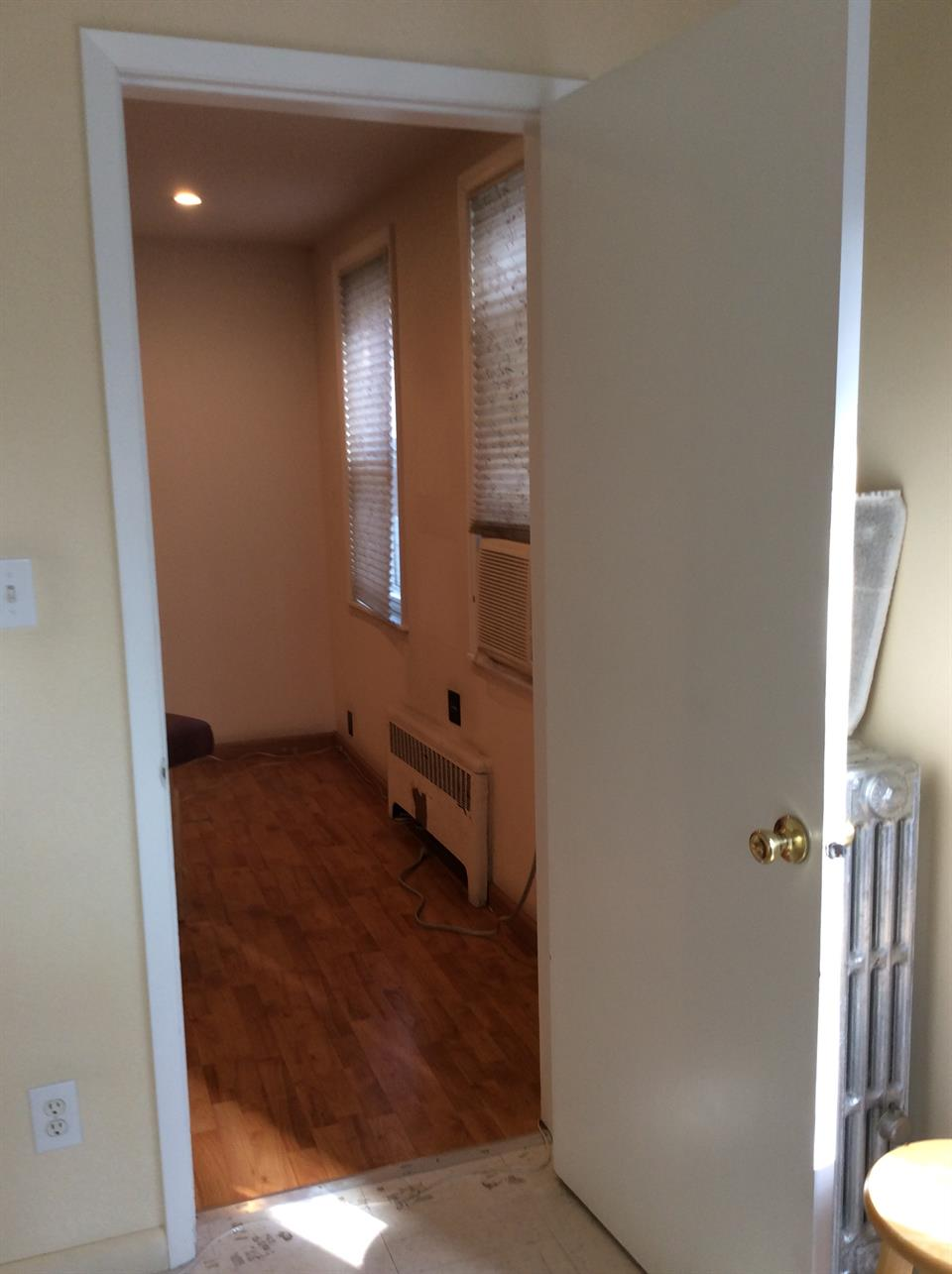Additional photo for property listing at Avenue U/Bedford Ave.  Brooklyn, New York 11229 United States