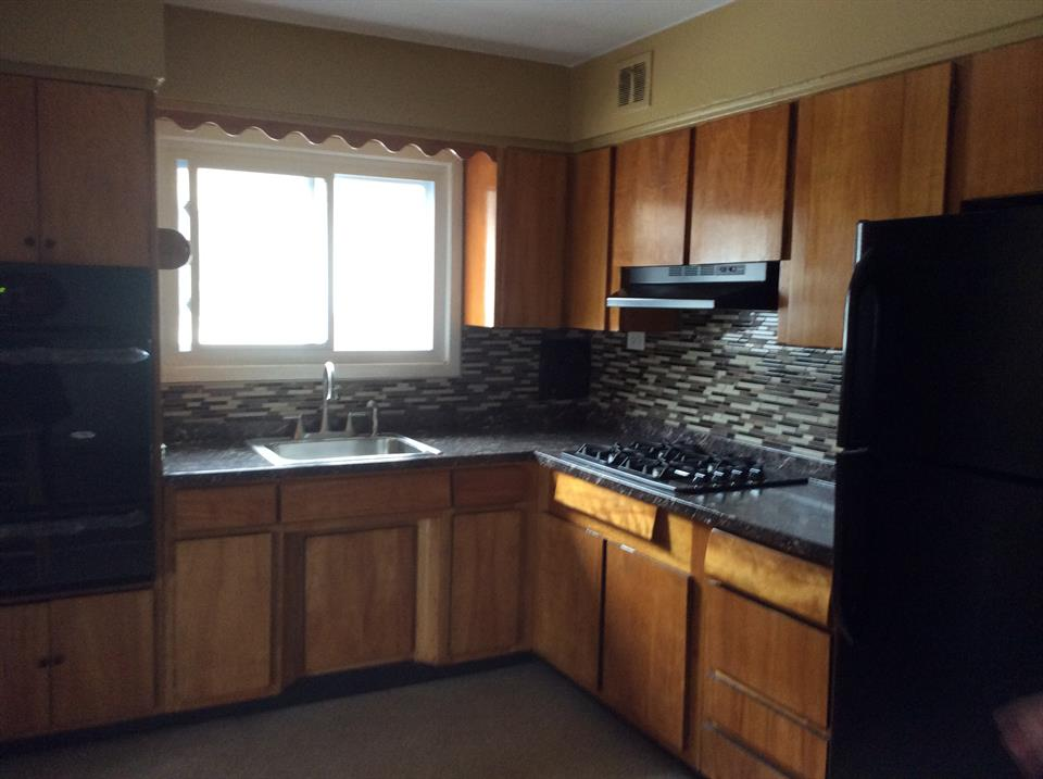 Additional photo for property listing at E 64th Street/Avenue U  Brooklyn, New York 11234 United States