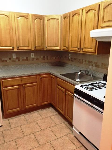Additional photo for property listing at Prime Bay Ridge 3 Bedrooms  Brooklyn, New York 11209 United States