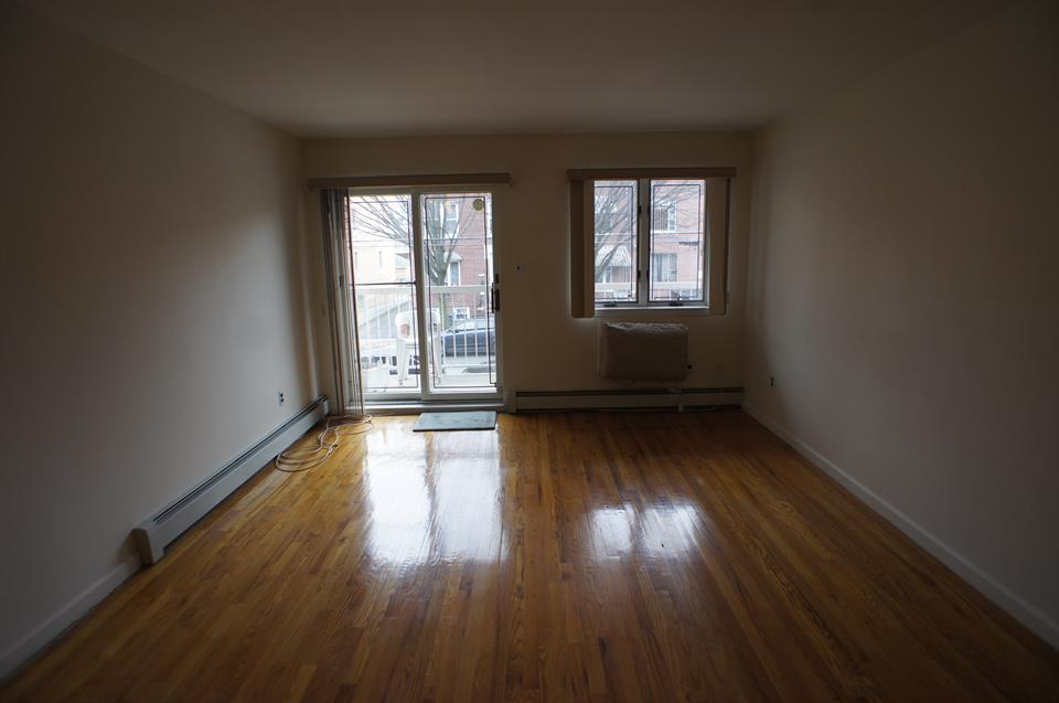 Additional photo for property listing at 1020 66th Street #b2  Brooklyn, New York 11219 United States