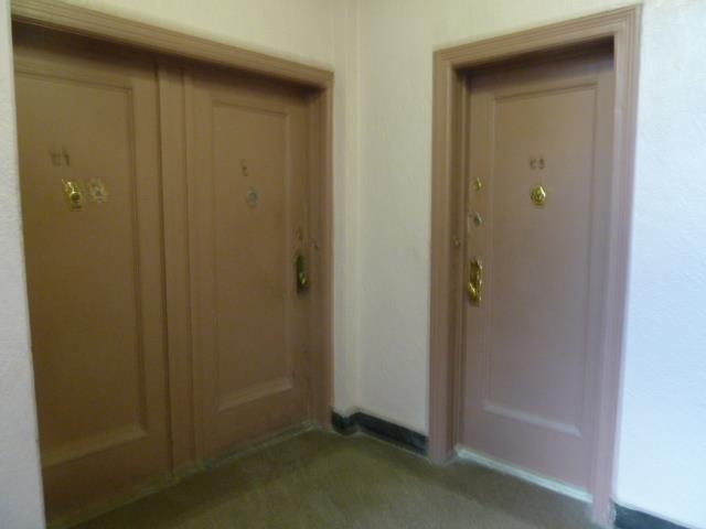 Additional photo for property listing at 8th Ave 72nd St  Brooklyn, New York 11228 United States