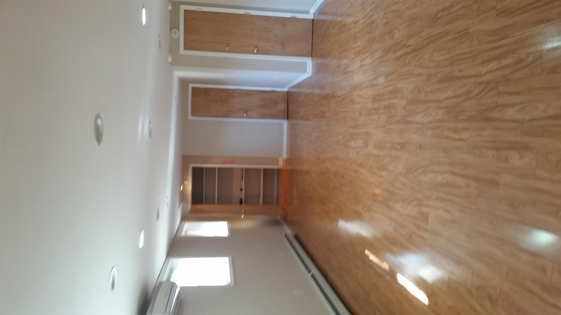 Commercial for Rent at 315 Ave W Brooklyn, New York 11223 United States