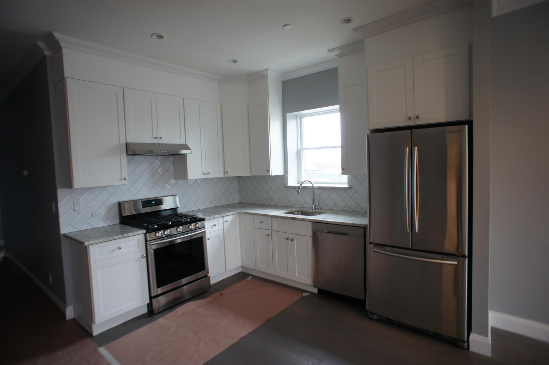 Additional photo for property listing at 1842 79th Street #2b  Brooklyn, New York 11214 United States