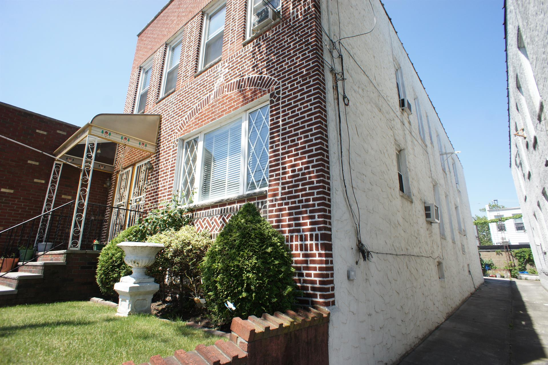 Additional photo for property listing at 1213 79th Street  Brooklyn, New York 11228 United States