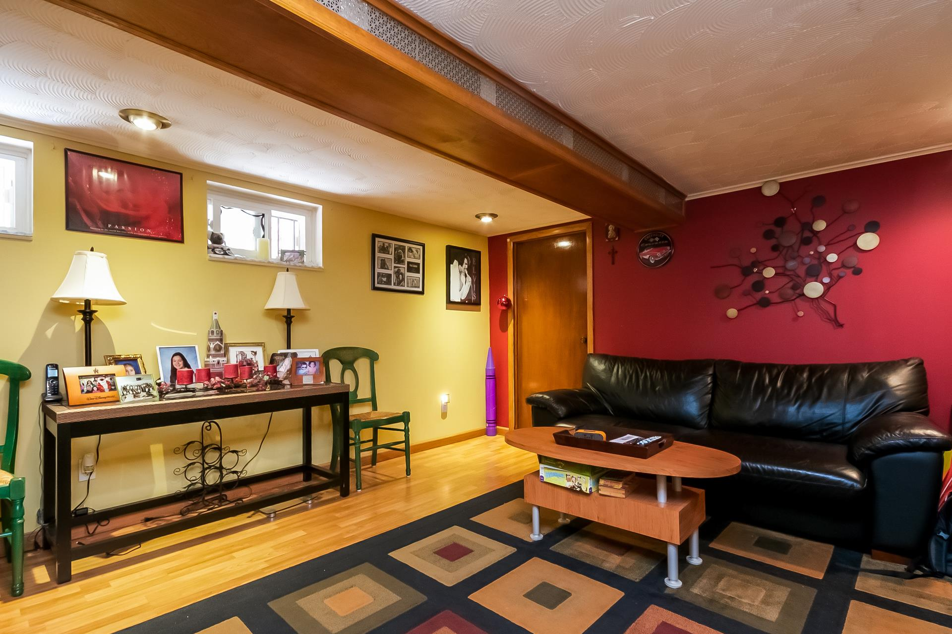 Additional photo for property listing at 913 82nd Street  Brooklyn, New York 11228 United States