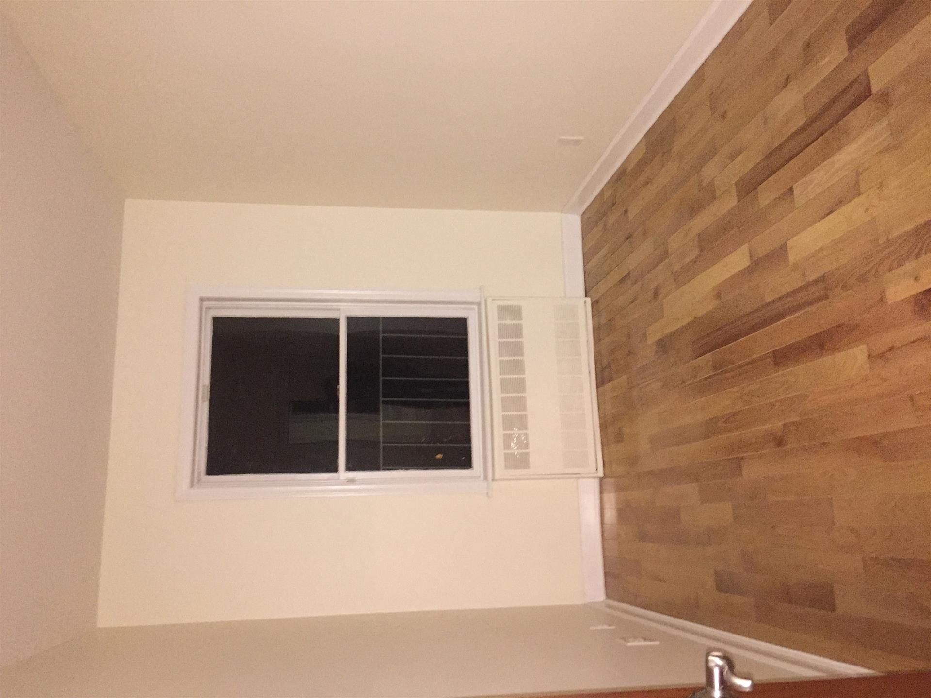 Additional photo for property listing at Yes 112 Bay 8th Street Brooklyn, New York 11228 United States