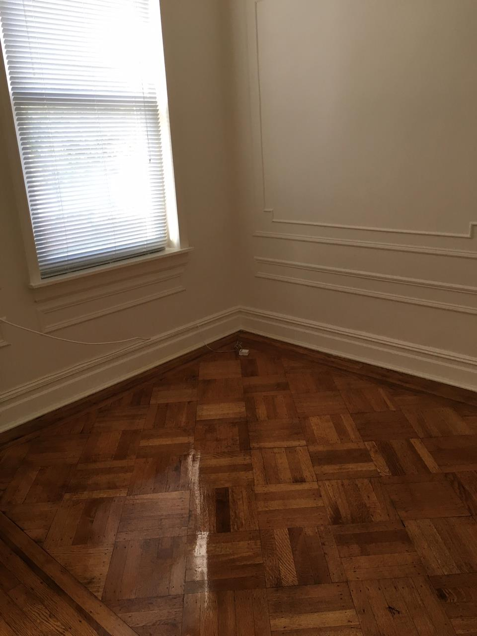 Additional photo for property listing at Bay 8th Street  Brooklyn, New York 11228 United States