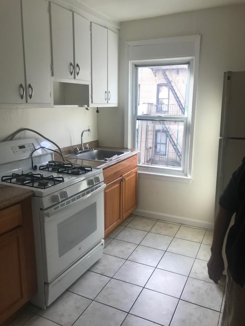 Additional photo for property listing at 478 East 7th St  Brooklyn, New York 11215 United States