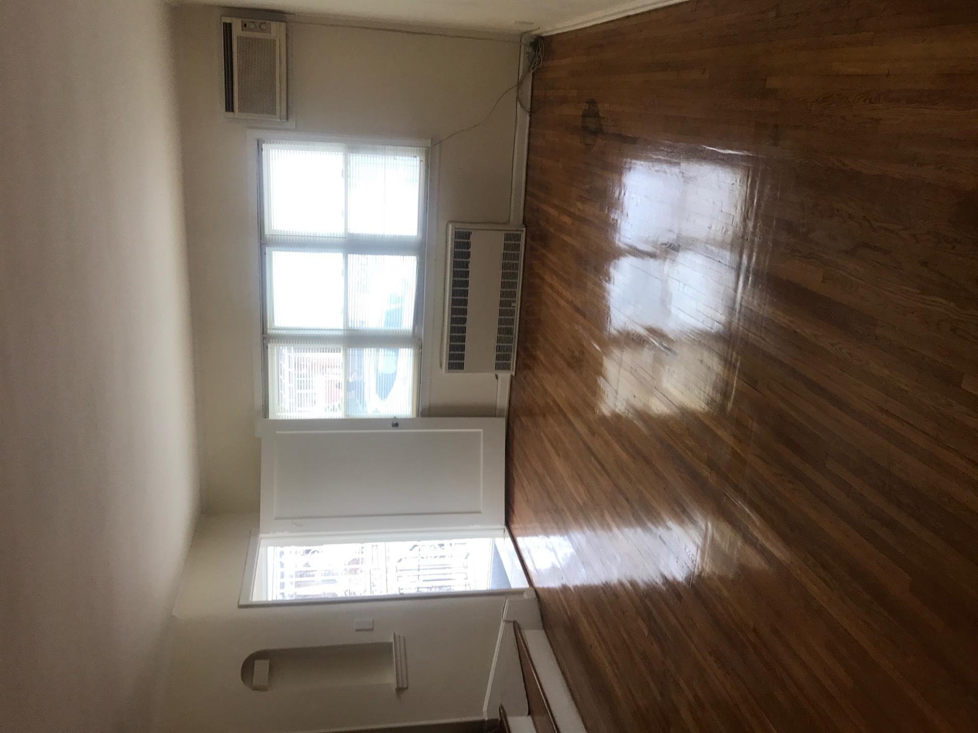 Additional photo for property listing at 27 Bay 40th Street Bensonhurst, Brooklyn, New York United States
