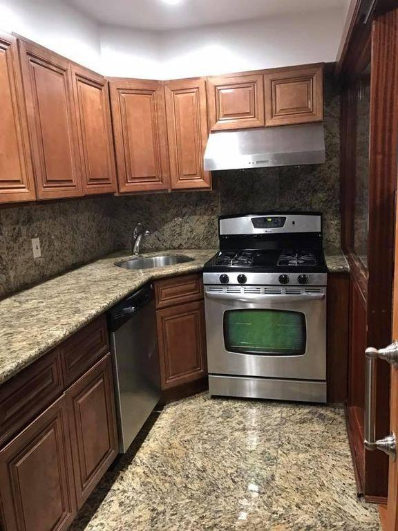 Condominium for Rent at 2126 Homecrest Ave Brooklyn, 11229 United States